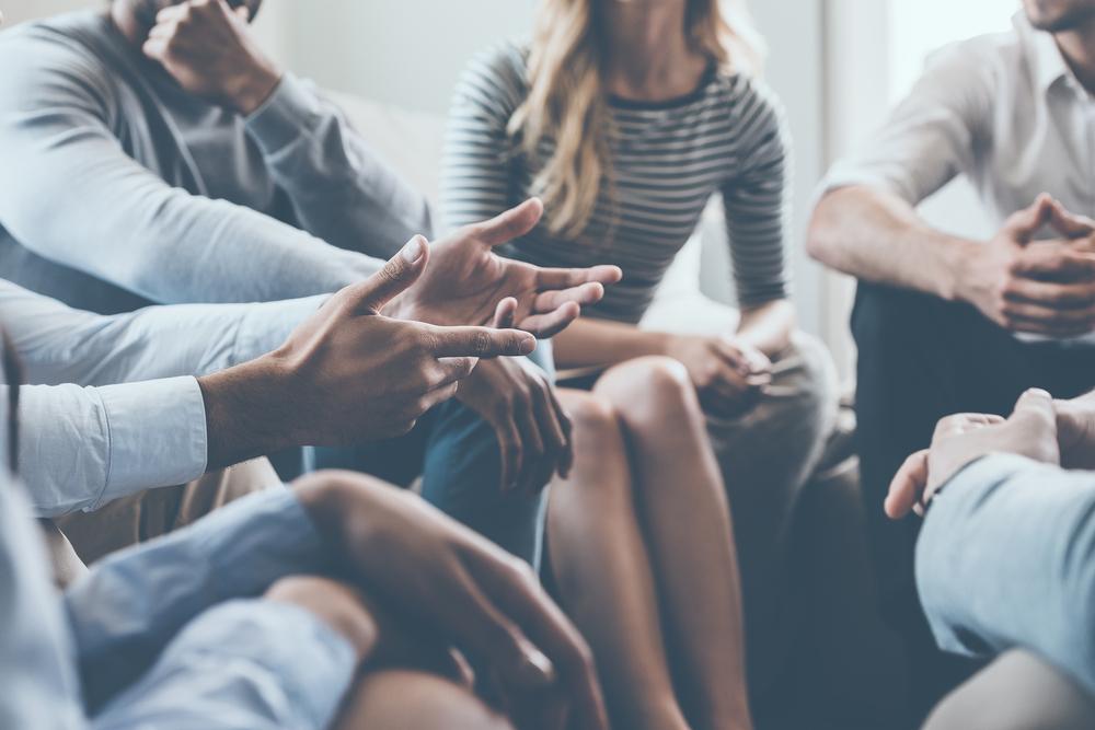 通信大学の教職実践演習(総合演習) グループに分かれ模擬授業やロールプレイング